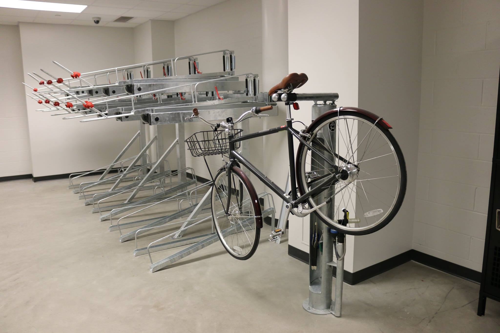 Bike Stores Mn : Bike repair stand lowertown shop st paul minnesota